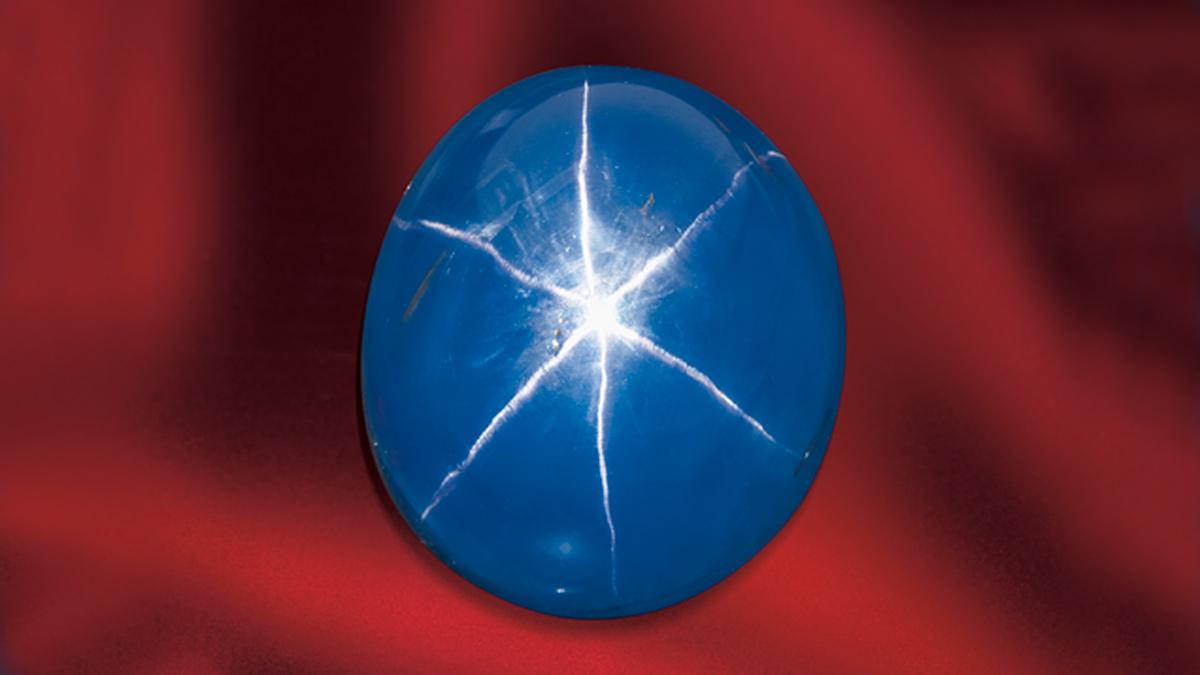 Una stella in una gemma: l'effetto ottico dell'asterismo