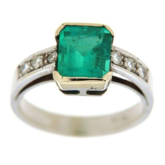 G308-anello-oro-bianco-smeraldo-diamanti-brillanti-1