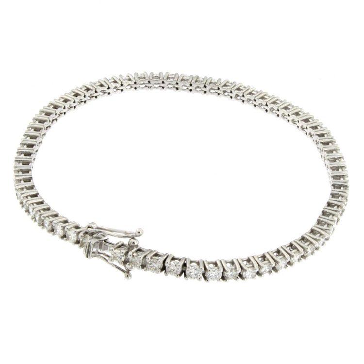 comprare on line 4486c af5ac Bracciale tennis in oro bianco con diamanti taglio brillante