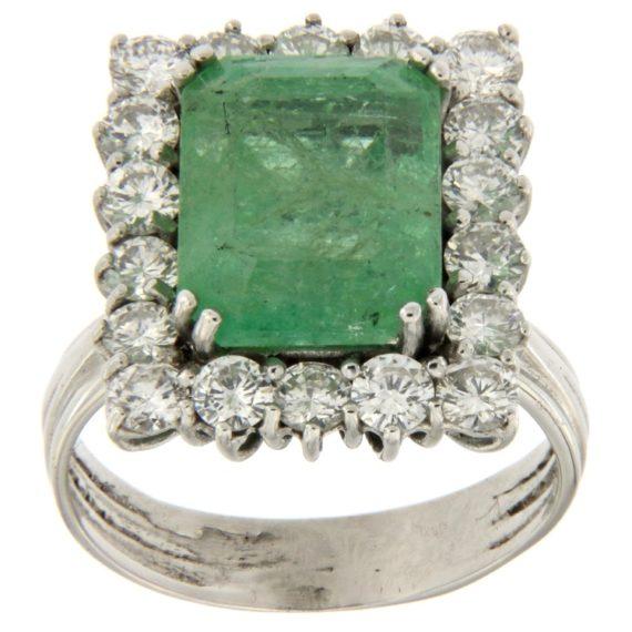 G2159-anello-oro-bianco-smeraldo-diamanti-brillanti