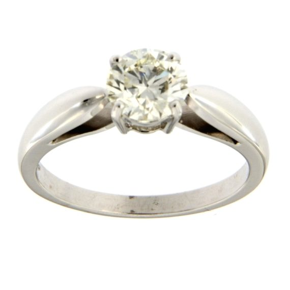 G2543-white-gold-solitaire-ring-with-brilliant-cut-diamond