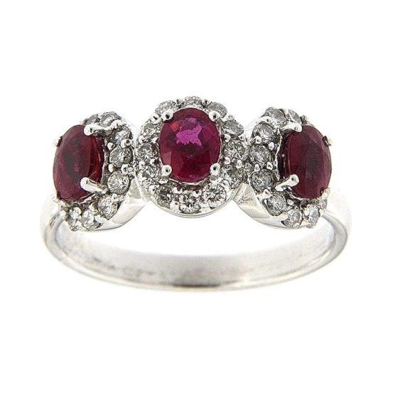 G2676-white-gold-ring-with-brilliant-cut-diamonds-and-ruby