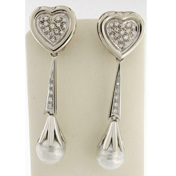 G2751-orecchini-pendenti-cuore-oro-bianco-diamanti-brillanti-perle